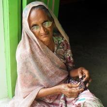 Stitching in winter sunshine, Samrasa, Gujarat