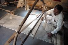 Rug weaver, Bhuj