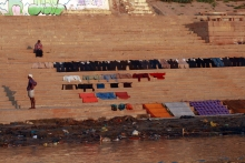Washing laid out to dry on the ghat